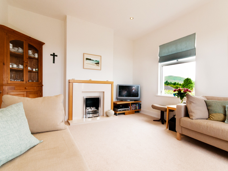 living room with views of humbledon hill